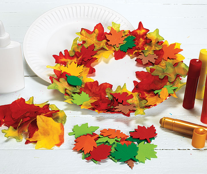 Fall Paper Plate Wreath