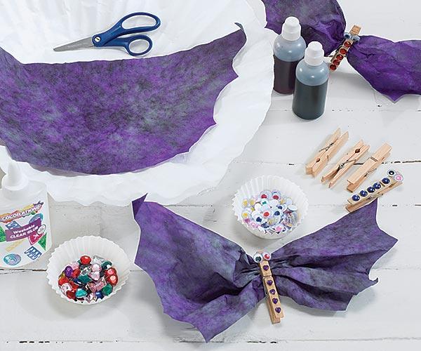 Spooky Bat Clips Craft Activity for Halloween