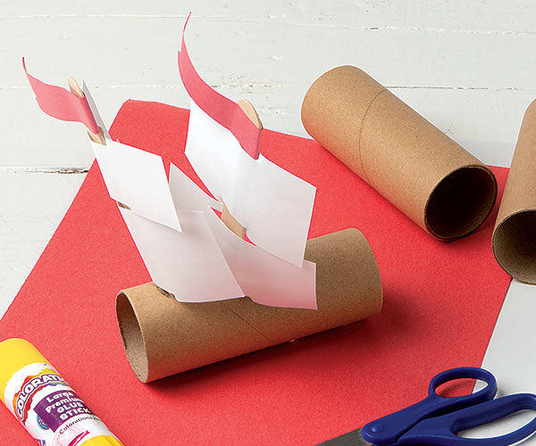 Pilgrim Ship Creative Craft Activity for Thanksgiving