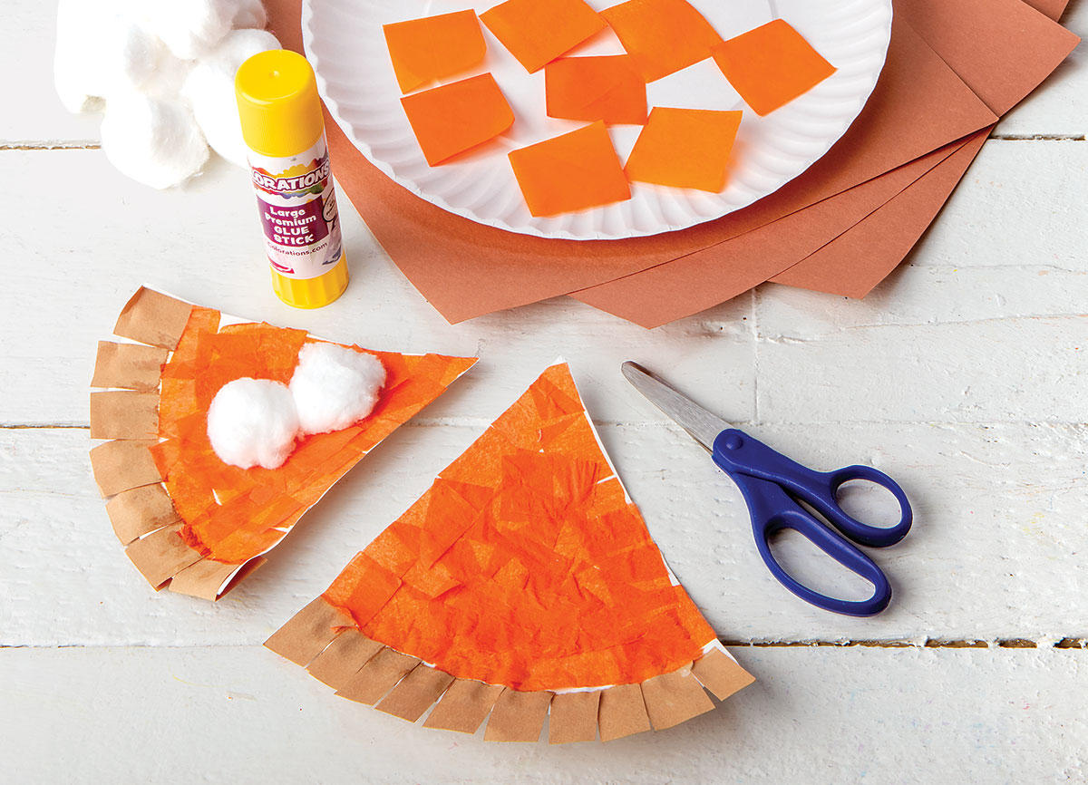 Plate of Pumpkin Pie Creative Craft Activity for Thanksgiving