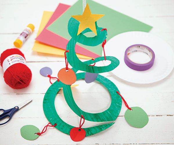 Christmas Tree Spiral Creative Craft Activity for the Holidays